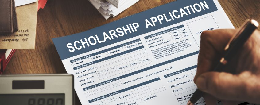 How to fill a scholarship application form?
