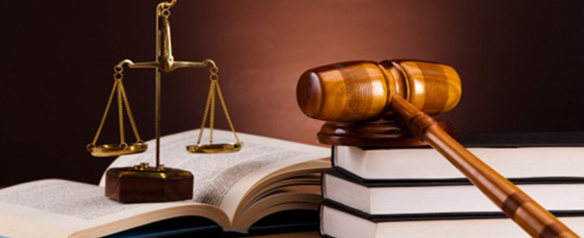 Top colleges in India to study law